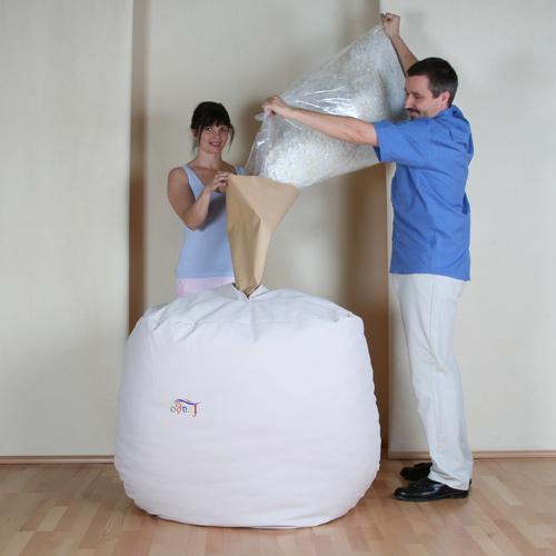 6-3747-sitzsack-relax-beige-micro-via-papiertuete-mit-qithan-fuellen