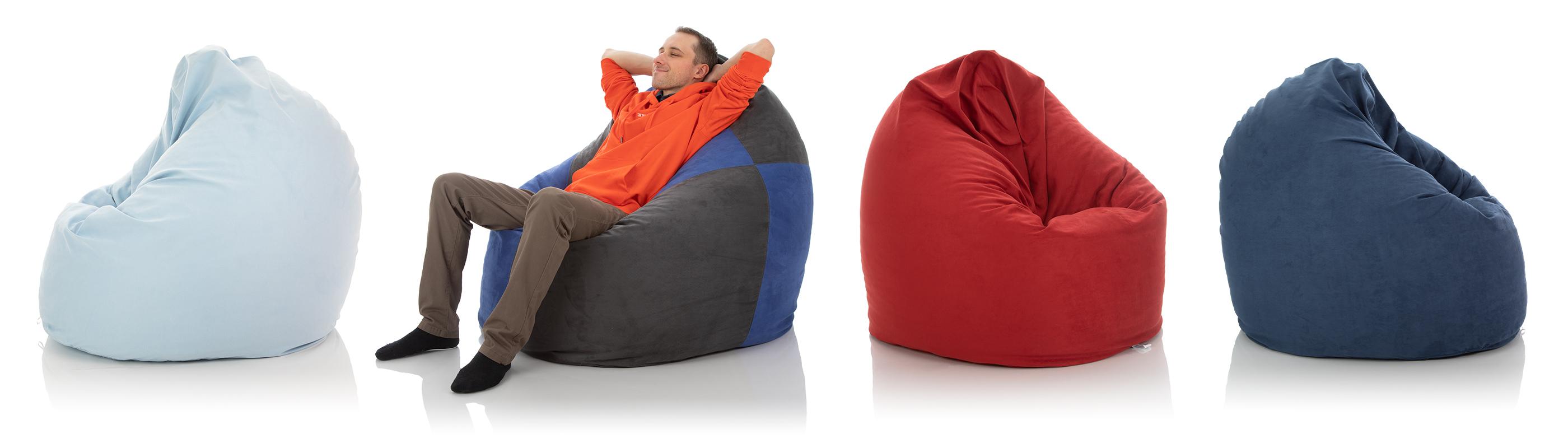 Indoor XXL-Sitzsäcke für das Wohnzimmer in den Farben hell blau, zweifarbig, rot und dunkel blau im Vergleich
