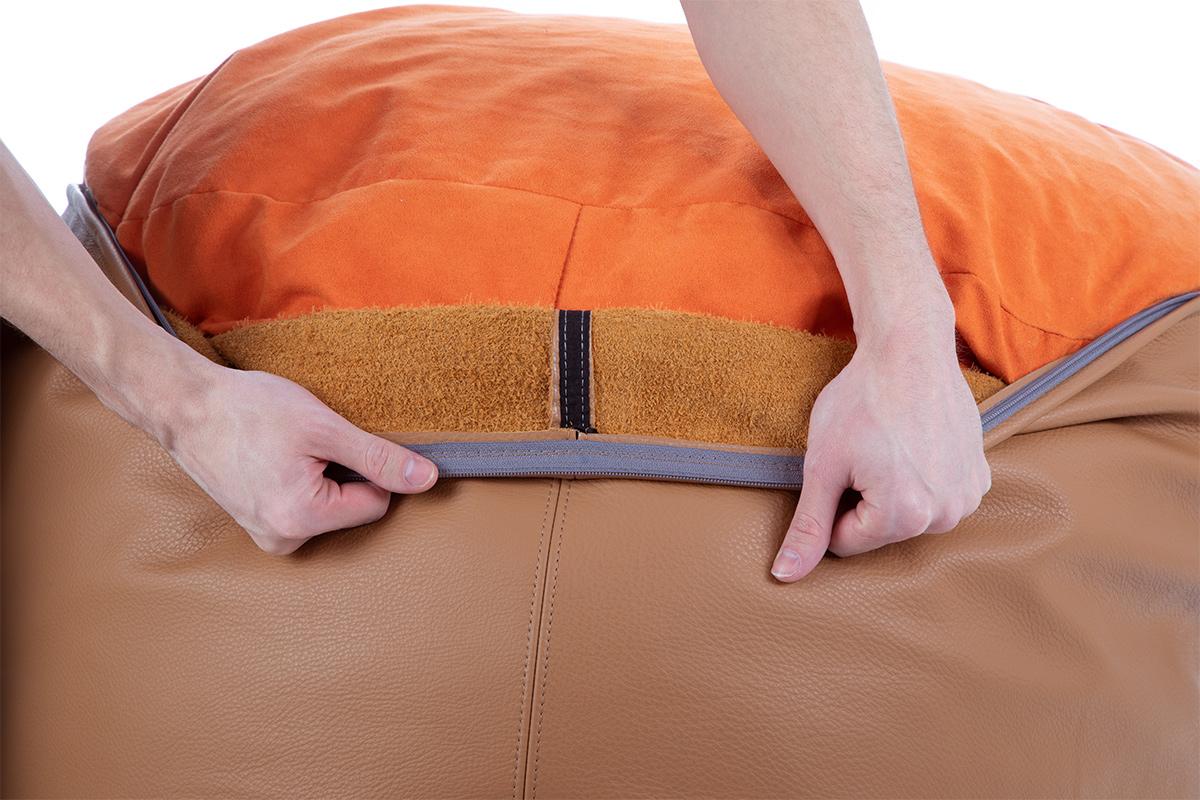 Innenseite von einem Sitzsack Bezug aus Leder