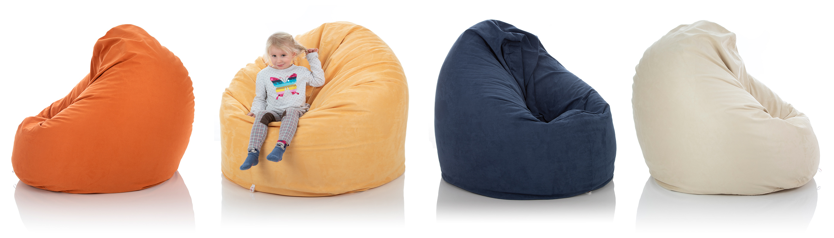 XL Lounge-Sitzsack-Sessel von frago mit 1000 Litern Füllung in den Farben orange, sand-gelb, blau und beige im Vergleich